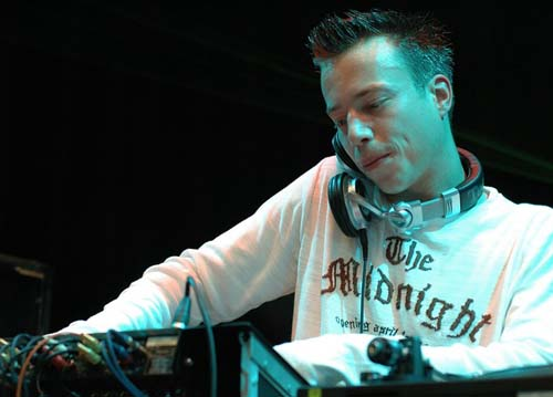 sander_van_doorn_-_dj_mag_top100_party
